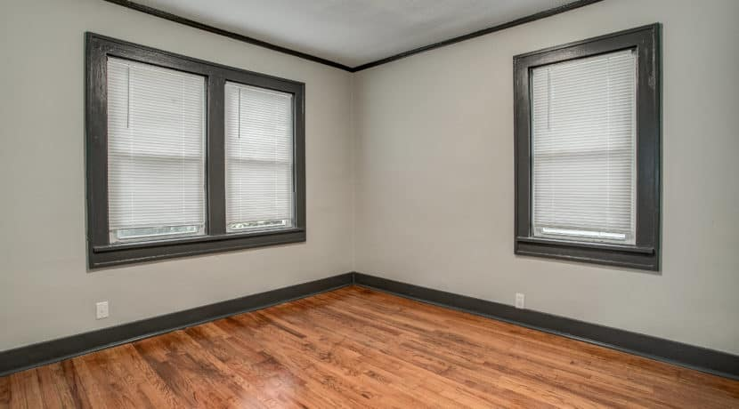 2503E69thSt2 (17 of 25)